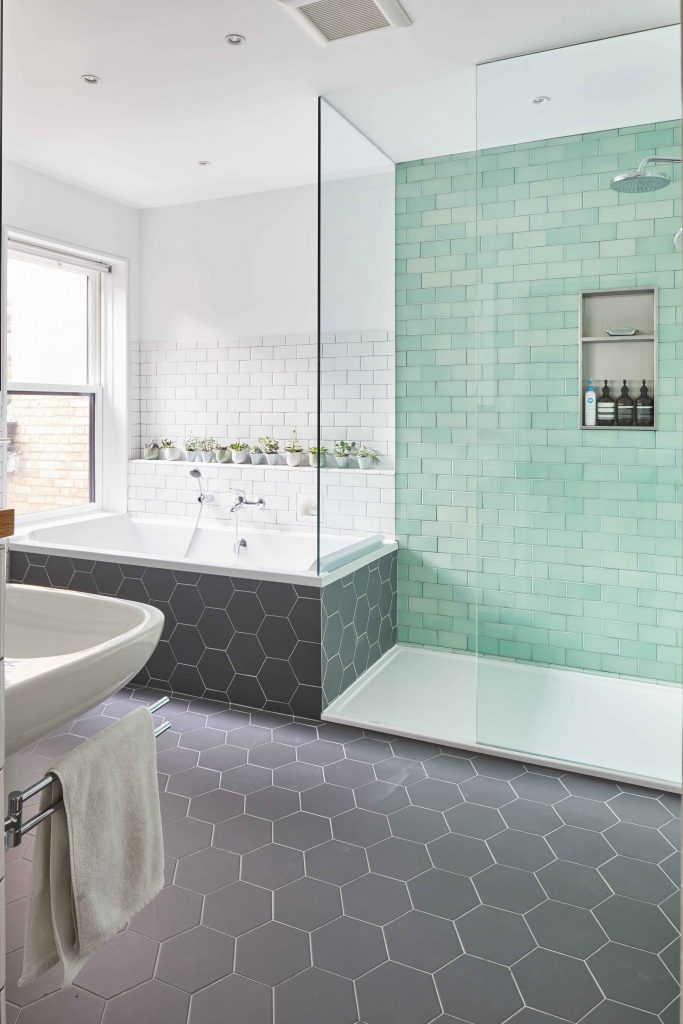 Winchester Residence Ensuite remodelling - Robyn Huether Architect