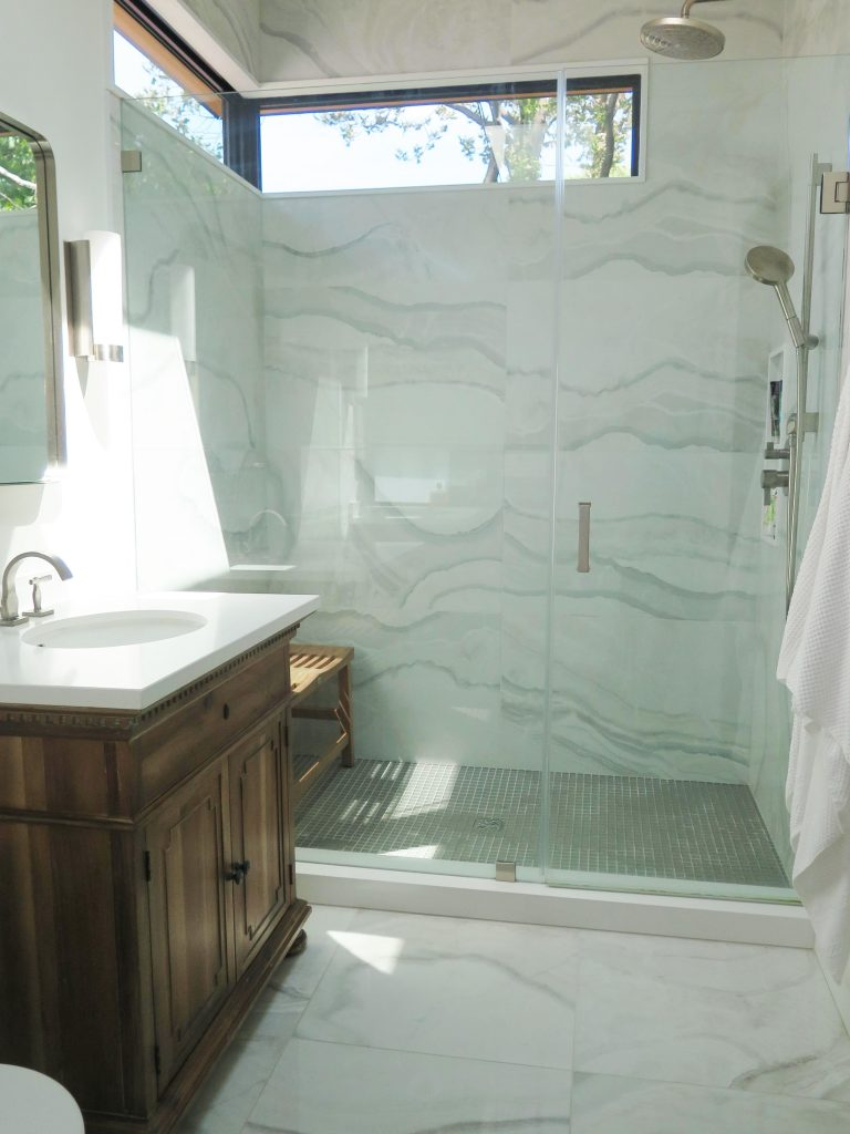 Spruce Street Residence - Robyn Huether Architect - Residential and Heritage consultant - bathroom renovation